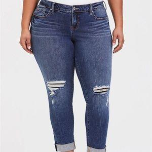 TORRID Distressed Lace Boyfriend Jeans 18 New